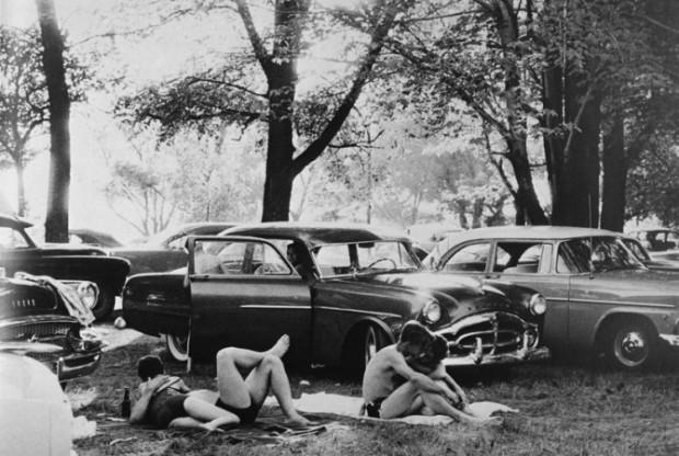 Picnic Ground - Glendale, California, 1958